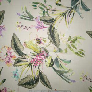 Chiffon rosa med blomster