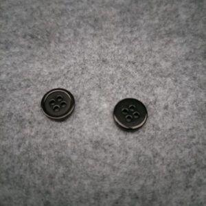 Knap 11 mm 4 huller sort